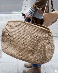 An edit of all the straw/ wicker bags you would ever want. Fall Inspiration, Straw Tote, Basket Bag, Big Basket, Summer Bags, Mode Outfits, Cloth Bags, Mode Style, Handmade Bags