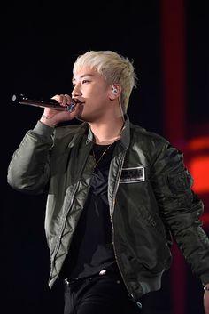 """【BIGBANG】""""新しいツアーで戻ってくる""""――91万人を動員した日本ドームツアーのファイナルをレポート!【写真満載】(写真 5/14) - ウレぴあ総研"""