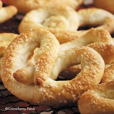 Gooseberry Patch Recipes: Easy Pretzel Twists