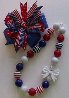 Bubblegum Necklace and Matching Hair Bow - July 4th -Red White and Blue. $23.00, via Etsy. Little Girl Jewelry, Kids Jewelry, Cute Jewelry, Beaded Jewelry, Handmade Jewelry, Beaded Necklace, Chunky Bead Necklaces, Chunky Jewelry, Chunky Beads