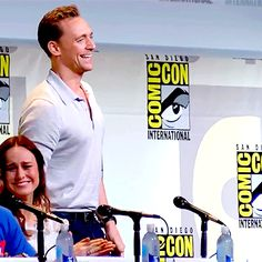 Kong: Skull Island Comic-Con Panel 2016. (Gif-set: http://maryxglz.tumblr.com/post/162893590442/x )