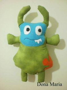 Fred:+Monstro+que+protege+os+sonhos,+diverte+os+pequenos+e+é+assustadoramente+lindo.+Feito+em+tecido+de+algodão,+com+detalhes+em+feltro.++Estampas+de+acordo+com+o+estoque. R$ 23,00
