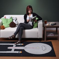 Officially licensed Star Trek Rug - may have to get this for the man cave.