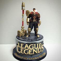 League of Legends Cake!