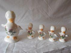 Plichta London England Family Of Ducks Ducklings Clover English Pottery #ArtDeco