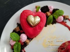 Cheesecake Cupcakes, Cupcake Cakes, Plated Desserts, Panna Cotta, Cheesecake, Valentines, Ethnic Recipes, Flowers, Food
