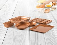 (This is an affiliate pin) 6 Piece Non-Stick Copper Ceramic Bakeware Set Round Cake Pans, Round Cakes, Ceramic Bakeware, Cookware Set, Bakeware Sets, Puck Lights, Wireless Charging Pad, Ceramic Coating, Healthy Cooking