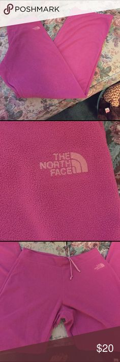 The North Face Fleece pants with drawstring closure. Small zippered back pocket North Face Pants Track Pants & Joggers