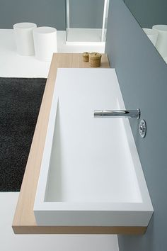 Bathroom with Corian®
