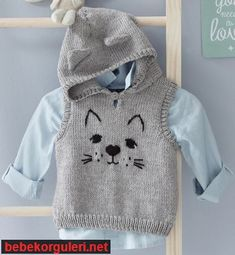 "Modèle pull à capuche chat Layette [ "" Modelo puxar um Capuz Gato - / Model pull a Cat Hood -"" ] # # # # # # # # # # Baby Knitting Patterns, Knitting For Kids, Crochet For Kids, Baby Patterns, Crochet Baby, Baby Boy Knitting, Baby Sewing, Free Knitting, Baby Cardigan"