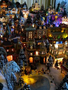 Village buildings overlooking the Skating Pond, 2009 Christmas Village by Mastery of Maps, via Flickr detail christma, christma villag, christmas villages