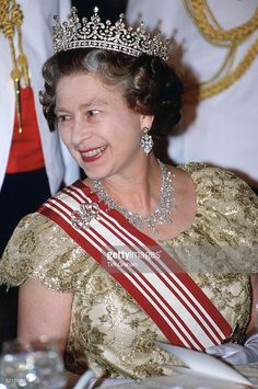 Wedding Gifts Queen Elizabeth : diamond bows diamond tiara queen elizabeth ii queen mary the queen ...