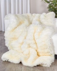 ce158987c1 Sheepskin Pelts Hides Rugs   Throws - Shearling Sheepskins