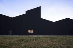 Gallery of Lozy's Pharmaceuticals Factory / GVG Estudio + Vaillo-Irigaray - 5