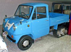 Carsthatnevermadeitetc — Honda T360 and T360 Snow Crawler, 1963. The T360...