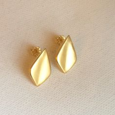 Gold post earrings Floe Earrings  Floe by hollybluejewelry on Etsy