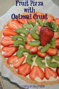 Fruit Pizza with Oatmeal Crust – Little Dairy on the Prairie Fruit Pizza with Oatmeal Crust This fruit wows people because it looks and tastes amazing! Don't tell anyone how easy it is to make! Healthy Recipes, Fruit Recipes, Healthy Snacks, Cooking Recipes, Yummy Recipes, Top Recipes, Dessert Recipes, Pizza Dessert, Pizza Fruit