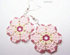 Pink flowers earrings, Jewelry, Earrings, Huichol style earrings made of several shades of pink, a pinch krémszí ... Meska