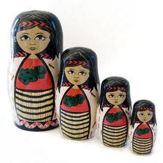 http://www.interioronline.co.nz/wp-content/uploads/2010/06/Maori-Wahine-Stacking-Dolls-p.jpg