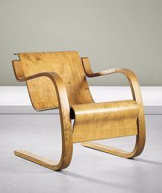 Alvar Aalto; #31/42 Birch-Veneered Bent Plywood and Bent Laminated Birch Lounge Chair by O.y. Huonekalu-ja Rakennustyötehdas A.b. for Artek, c1932. Vintage Furniture, Cool Furniture, Furniture Design, Modern Furniture, Plywood Design, Pouf Chair, Rocking Chair Porch, Alvar Aalto, Bent Wood
