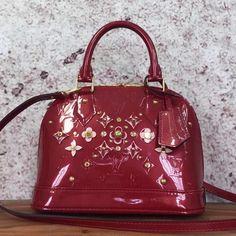 Louis Vuitton Monogram Vernis Alma BB Flower Bag Red 2016 Louis Vuitton Red Purse, Louis Vuitton Monogram, Red 2016, Designer Bags For Less, Flower Bag, Bag Sale, Patent Leather, Bb, Fashion