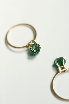 Erica Weiner Raw Emerald 14K Gold Ring