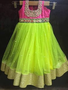 Here comes traditional and fancy lehengas to our angle's.For this wedding and birthdays thsese are the perfec. Kids Dress Wear, Kids Gown, Kids Wear, Children Wear, Frocks For Girls, Dresses Kids Girl, Baby Dresses, Baby Frocks Designs, Kids Frocks Design