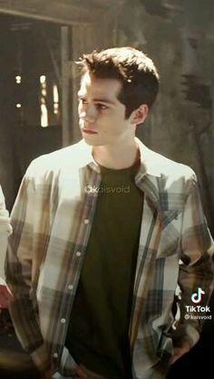 Teen Wolf Boys, Teen Wolf Dylan, Teen Wolf Stiles, Cute Celebrity Guys, Cute Celebrities, Dylan O'brien Hot, Dylan O Brain, Meninos Teen Wolf, Briam