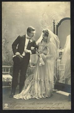 1910. i kind of want a vintage photo when i get married.