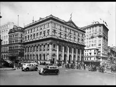 Royal Exchange Building on Pitt St,Sydney (year unknown). Historical Images, Built Environment, Old World, Old Photos, Sydney, Street View, Australia, History, Pictures