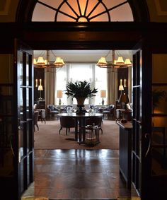 David Collins, Restaurant, Mirror, Studio, Design, Home Decor, Decoration Home, Room Decor, Diner Restaurant