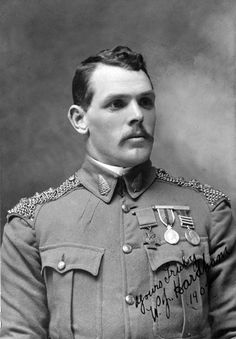 Farrier Sergeant-Major William Hardham, 4th NZ Contingent   28 January 1901 Naauwpoort, South Africa  4 October 1901    Wellington blacksmith William Hardham was the first New Zealand-born serviceman to receive the VC. He won his award in South Africa serving with the fourth New Zealand contingent. After his unit was ambushed, Hardham rode back to pick up a wounded soldier, helping him to safety under heavy fire. His was the only VC won by a New Zealander during the South African (Boer) War.