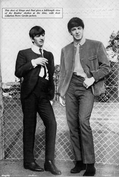 """ Paul and Ringo in Margate, July Photo by Leslie Bryce. Scan from Beatles Book Monthly No. Beatles Books, Beatles Funny, Beatles Love, Les Beatles, Beatles Photos, Beatles Band, Paul Mccartney Ringo Starr, Lennon And Mccartney, Bug Boy"