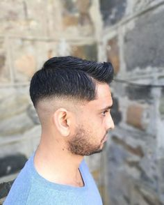 My client requested a bit more of a two tone fade�� so I said let's do it✂✂�� . . #hairstyle #hairstylist #hairdresser #menshair #mensgrooming #mensfashion #hairgoals #photography #menshairstyle #barber #haircut #pompadour #cosmetology #undercut #hanzdefuko #hairvideo #hairtutorial #beard #menshaircut #hairproduct #streetstyle #hairpost #capetown #fashion #love #barberlife #fade #photo #hair http://tipsrazzi.com/ipost/1522970295178464687/?code=BUirWoXlY2v