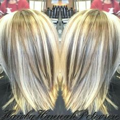 Blonde highlights with some dark chunky lowlights with a cut into a long stack Light Blonde Highlights, Chunky Highlights, I Like Your Hair, Chicken Spaghetti, Hair Colours, About Hair, Silver Hair, Hair Dos, Girl Stuff