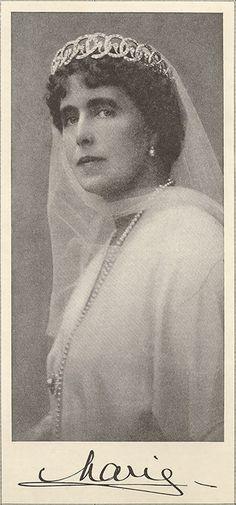 Queen Marie of Romania / The Fallen Czar, Women's Home Companion, 20 July 1920