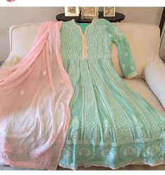 We wanted to post this just cause it's cute . Mint x pink :') 📸: Shivika Singh Indian Wedding Outfits, Pakistani Outfits, Indian Outfits, Indian Clothes, Wedding Dresses, Indian Designer Outfits, Designer Dresses, Anarkali Dress, Lehenga