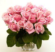 Mucha gente le lleva flores a los muertos en la tumba y durante toda su vida nunca tuvo un detalle con ellos.