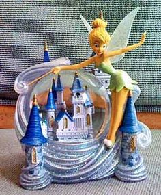 Disney  Tinkerbell with Castle  Snowglobe Water Globe NEW