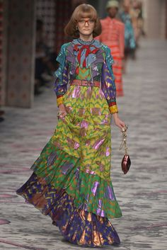 Gucci Ready to Wear Spring 2016 | WWD ✨ ʈɦҽ ƥᎧɲɖ ❤ﻸ•·˙❤•·˙ﻸ❤ ᘡℓvᘠ □☆□ ❉ღ // ✧彡☀️ ●⊱❊⊰✦❁❀ ‿ ❀ ·✳︎· ☘‿ SA AUG 05 2017‿☘✨ ✤ ॐ ♕ ♚ εїз⚜✧❦♥⭐♢❃ ♦♡ ❊☘нανє α ηι¢є ∂αу ☘❊ ღ 彡✦ ❁ ༺✿༻✨ ♥ ♫ ~*~ ♆❤ ☾♪♕✫ ❁ ✦●↠ ஜℓvஜ