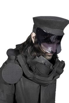 928d320ae8ee41 aitor throup 2013 new object research collection Conceptual Fashion, Post  Apocalyptic Fashion, Dark Fashion