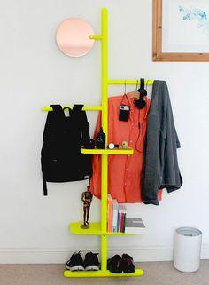 perchero-amarillo-para-la-pared