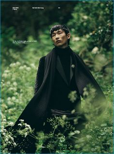 Photographed by Oliver Yoan, model Sang Woo Kim covers the summer 2016 issue of Elle Man Vietnam. Starring in an editorial spread entitled, The Secret Garden, Sang is styled by Steven Doan. Offering up a fall preview, Sang is front and center in dashing fashions from brands such as Salvatore Ferragamo and Ermenegildo Zegna. The... [Read More]
