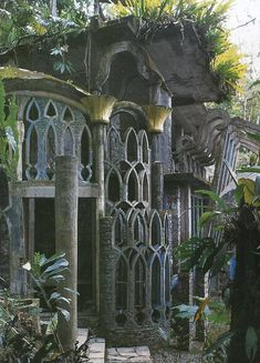 Las Pozas, Xilitla, Mexico.#Xilitla, Mexico, Amazing #GardenFolly. Tropical gardens. #ArchitecturalFollies. What a joy it must have been to design and live in this garden.
