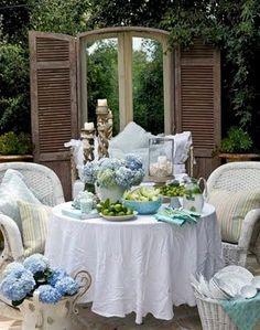 Outdoor Luncheon.. Greens, Whites Blue Hydrangeas, wonderful!