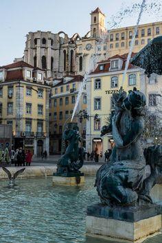 Rossio, ou Praça Dom Pedro IV, Lisboa... Visit Portugal, Portugal Travel, Spain And Portugal, Lisbon Accommodation, Places To Travel, Travel Destinations, Beautiful Places To Visit, Beautiful Architecture, Portuguese
