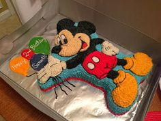 mickey mouse birthday cake/ no fondant Baby Boy Birthday Cake, Mickey Mouse Birthday Cake, Boy Birthday Parties, 2nd Birthday, Birthday Cakes, Birthday Ideas, Mickie Mouse Party, Mickey Mouse Parties, Minnie Mouse