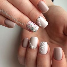 Gorgeous elegant simple flower jewels white beige pink nails spring 2017