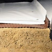 Very useful information for encapsulating the crawlspace Crawl Space Insulation, Crawl Space Repair, Basement Ceiling Insulation, Crawl Space Vents, Crawl Spaces, Basement Flooring, Flooring Ideas, Foundation Repair, House Foundation