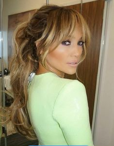 Hair style Bobbed Hairstyles With Fringe, Bangs Medium Hair, Side Bangs With Medium Hair, Medium Hairstyles With Bangs, Long Hair Haircuts, Haircuts For Long Hair With Bangs, Long Hair With Bangs And Layers, Going Out Hairstyles, Bangs Hairstyle